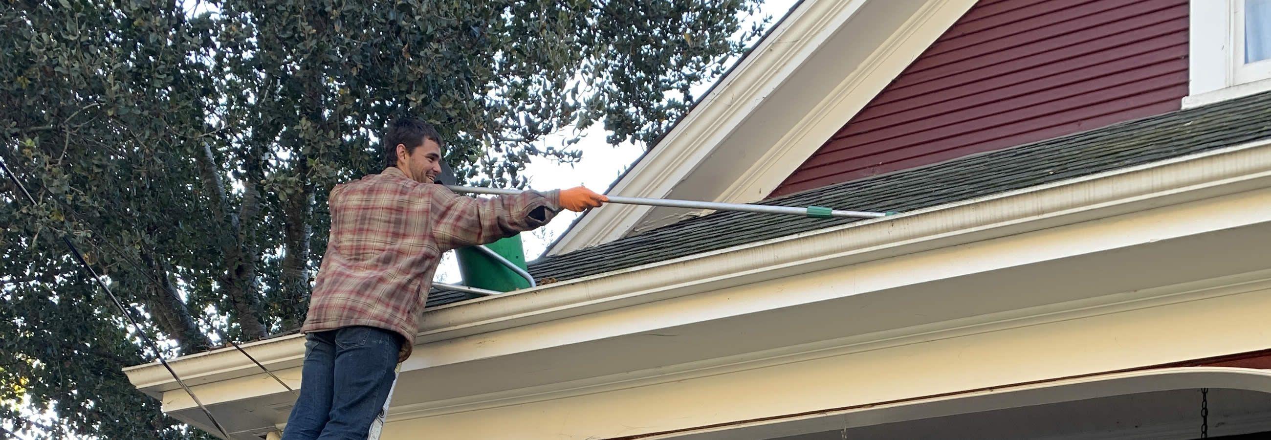 Roof Gutter Downspout Cleaning Repair In Santa Cruz Ca